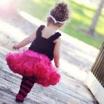 комплект малиновая юбка и черный топ