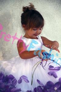платье с фиолетовыми лепестками